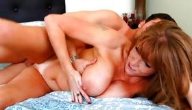 Horny mature got her screwed wildly